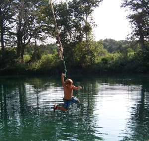 Rio Frio Rope Swing - Andre'